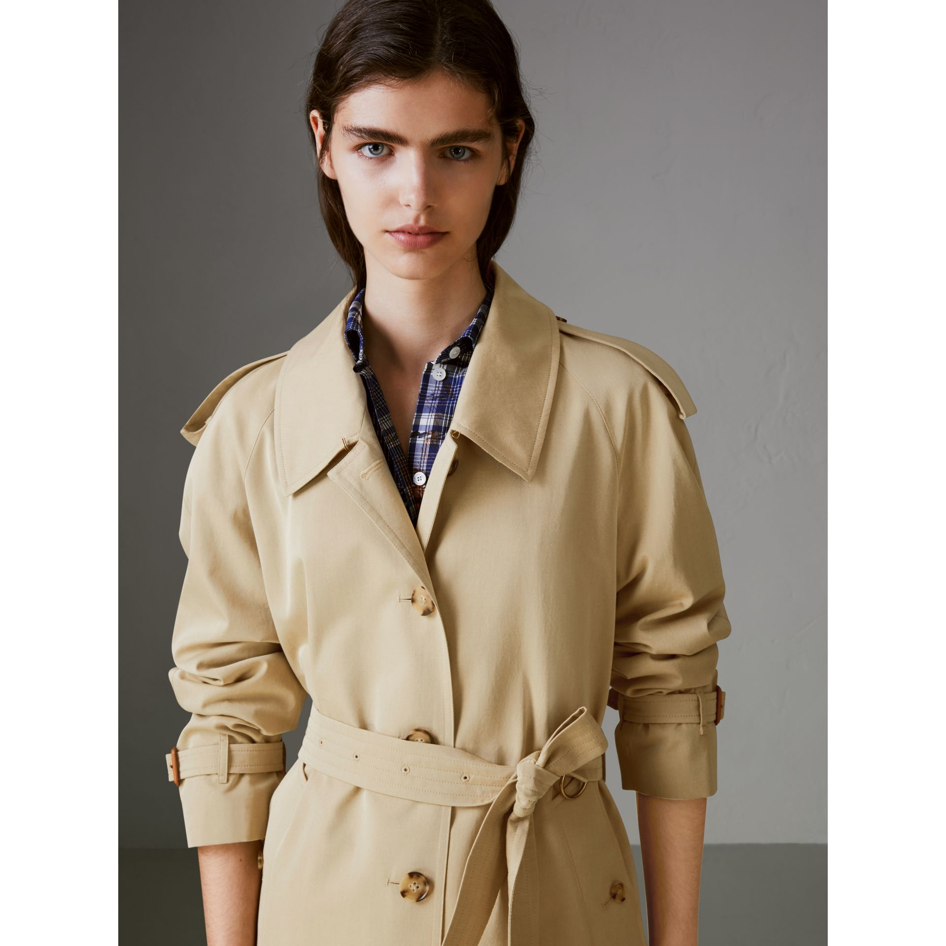 Side-slit Tropical Gabardine Trench Coat in Oatmeal - Women | Burberry United States - gallery image 1