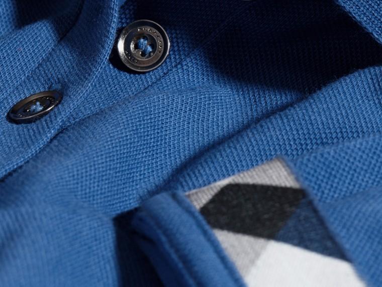 Cobalt vif Polo en piqué de coton extensible avec éléments check Cobalt Vif - cell image 1