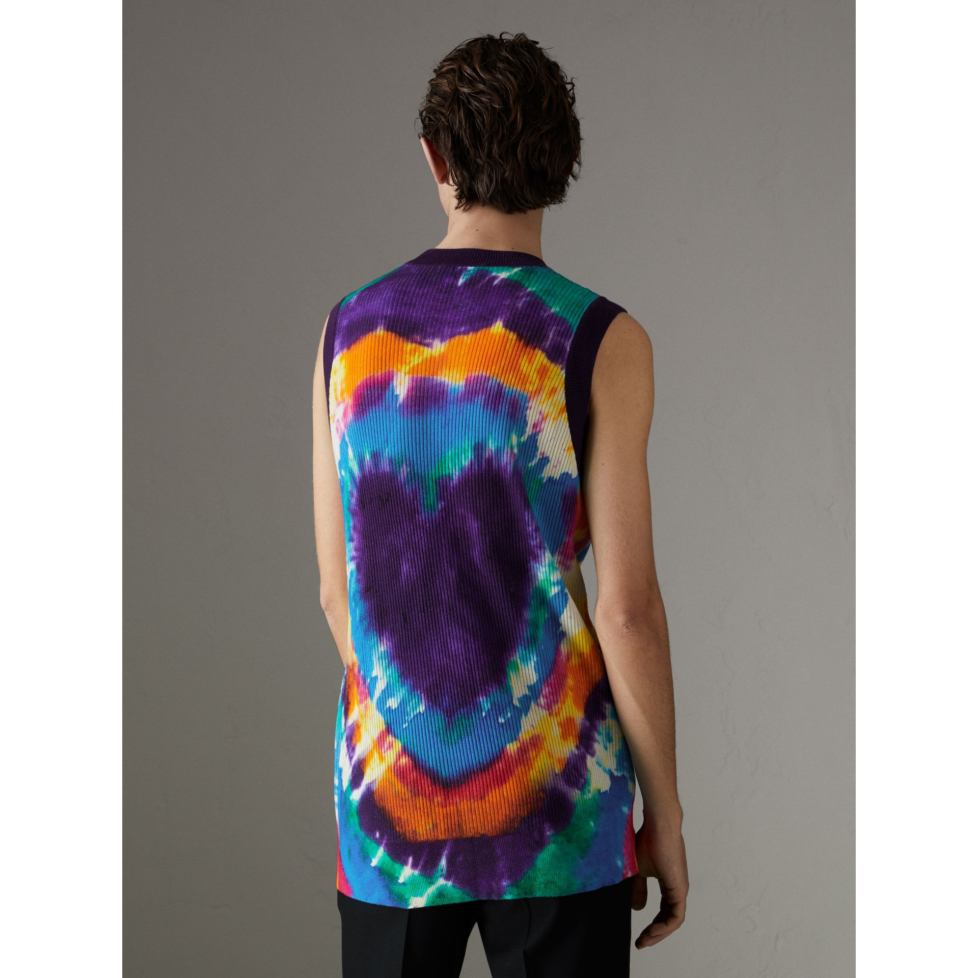 Tie-dye Print Cashmere Vest in Multicolour | Burberry Singapore - gallery image 2