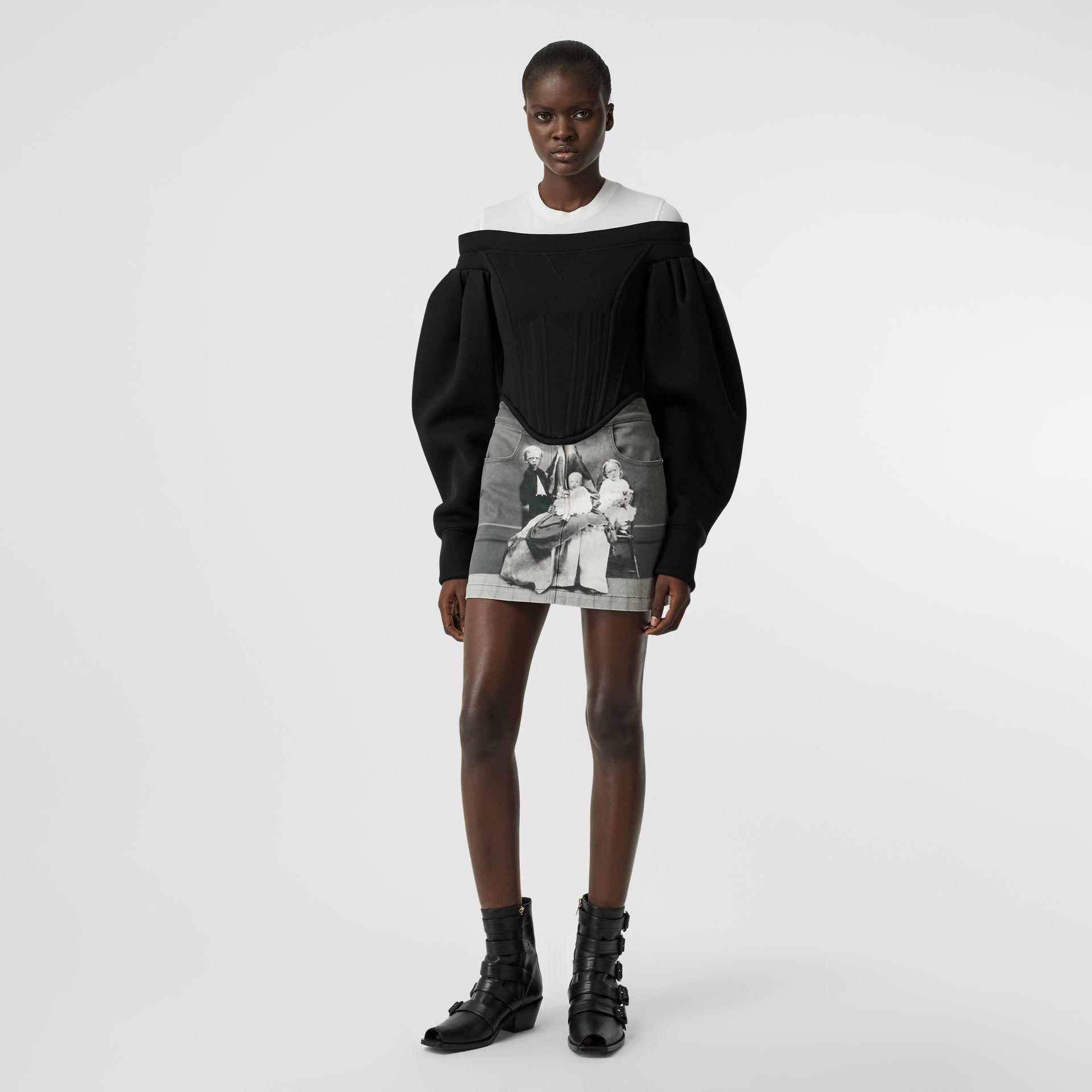 Victorian Portrait Print Stretch Denim Mini Skirt in Grey - Women | Burberry Canada - gallery image 0