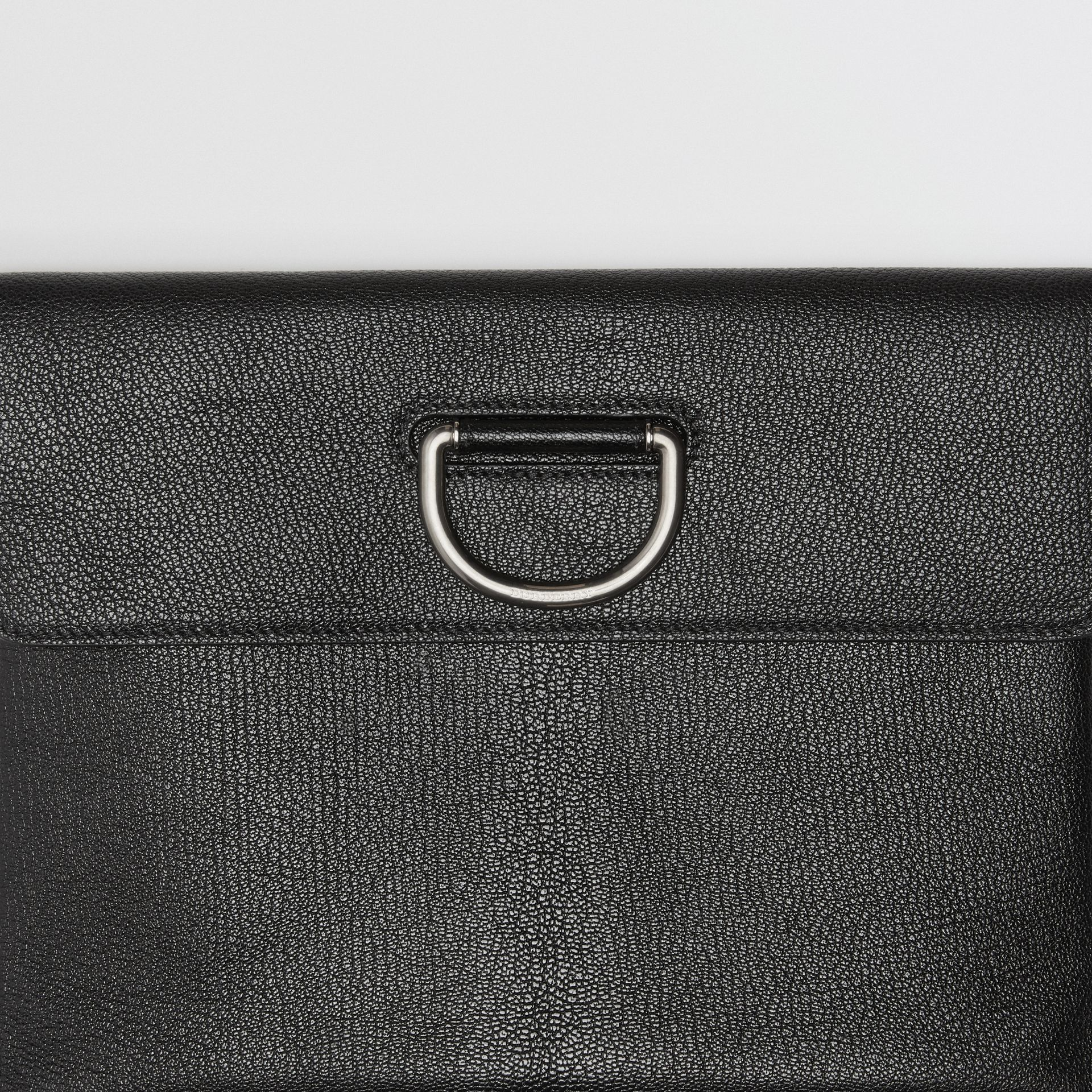 D-ring Leather Pouch in Black - Women | Burberry Singapore - gallery image 1