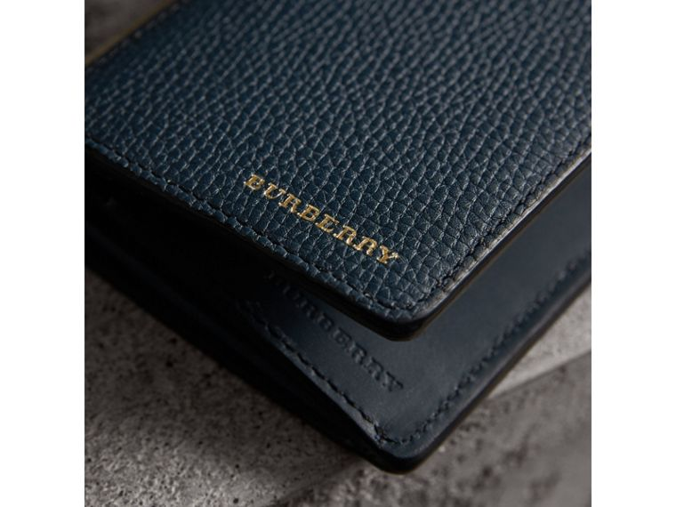 House Check and Grainy Leather Continental Wallet in Storm Blue | Burberry United Kingdom - cell image 4