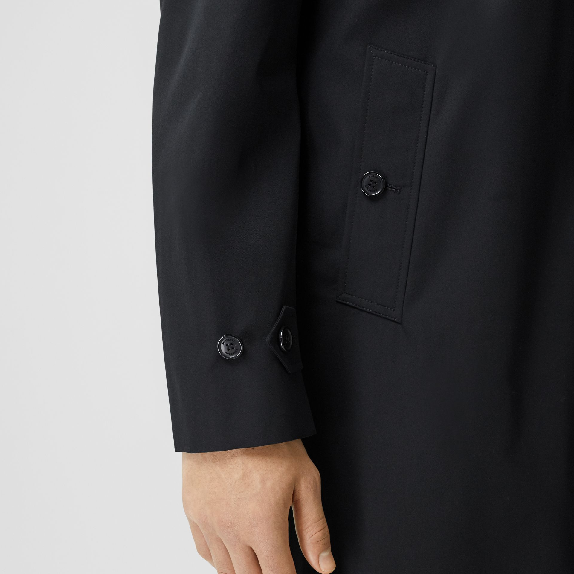 Horseferry Print Cotton Gabardine Car Coat in Black - Men | Burberry - gallery image 4