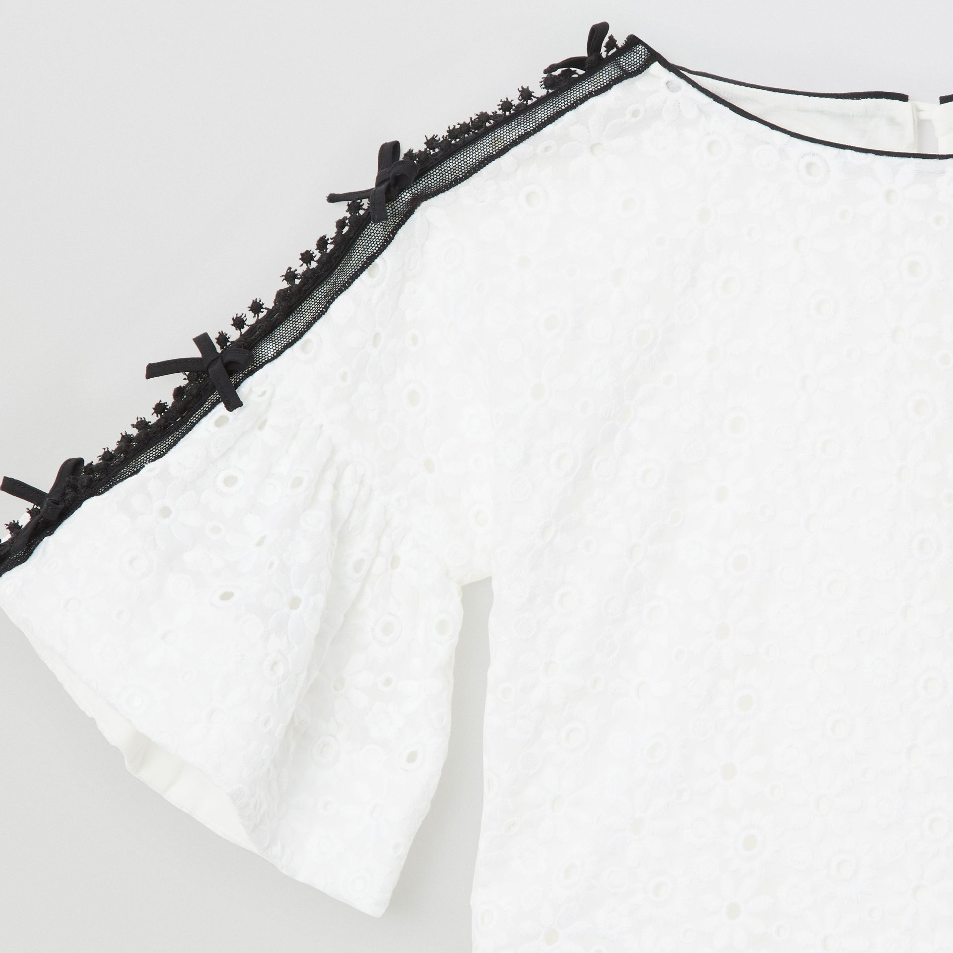 Lace Trim Embroidered Cotton Top in White | Burberry - gallery image 5