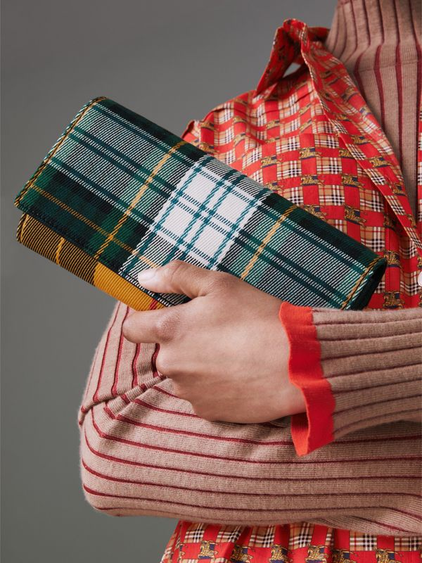 Tartan Cotton and Leather Wallet with Chain in Green/multicolour - Women | Burberry - cell image 3