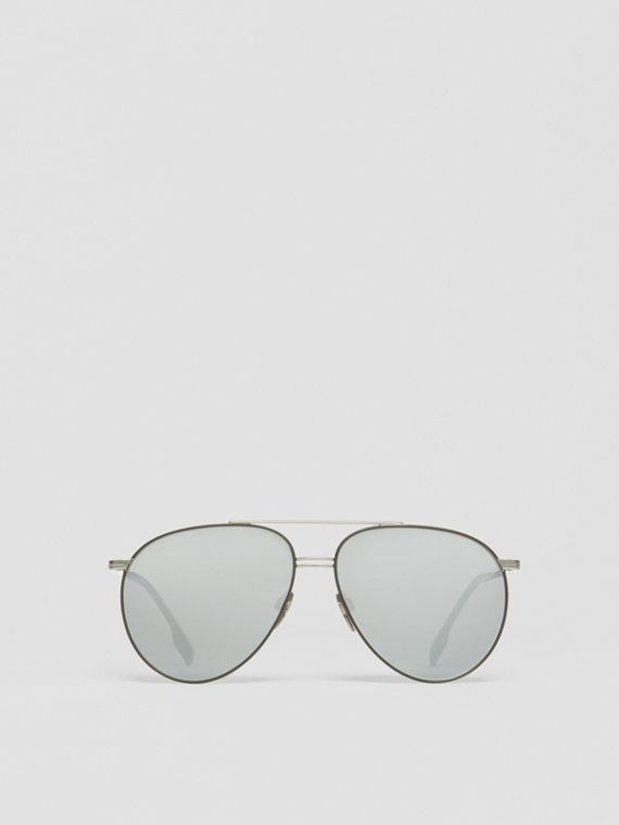 Top Bar Detail Pilot Sunglasses in Gunmetal/black