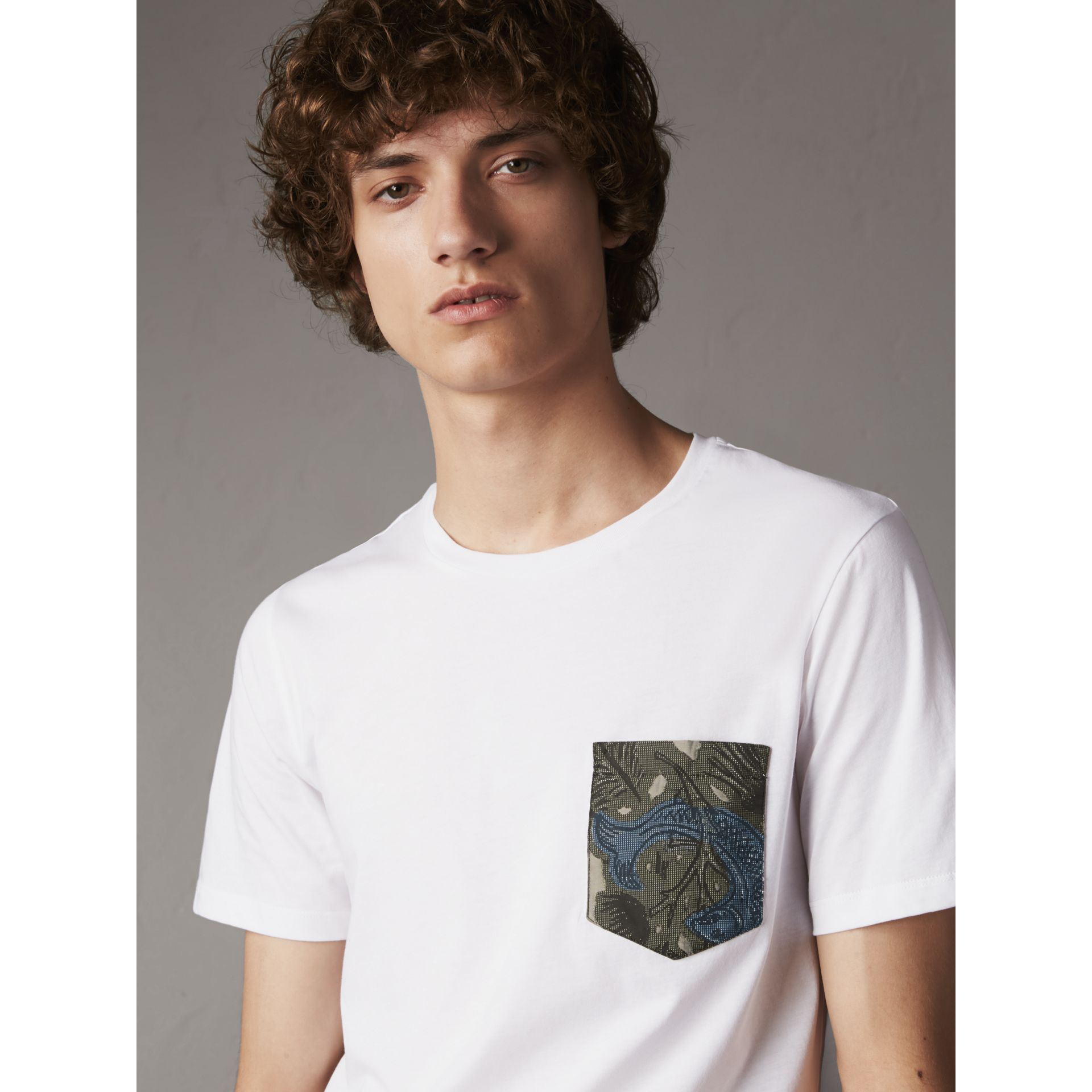Beasts Jacquard Pocket Detail Cotton T-shirt in White - Men | Burberry - gallery image 3