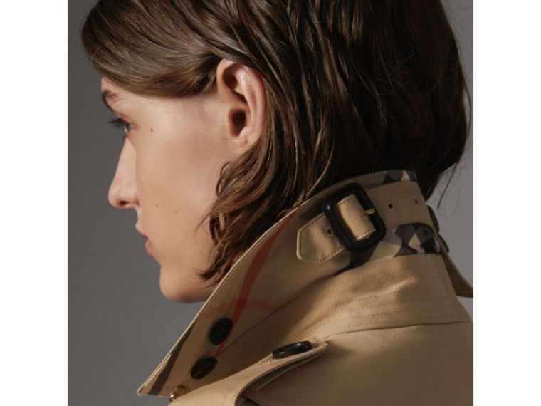 The Sandringham – Mid-length Trench Coat in Honey - Women | Burberry Australia - cell image 1