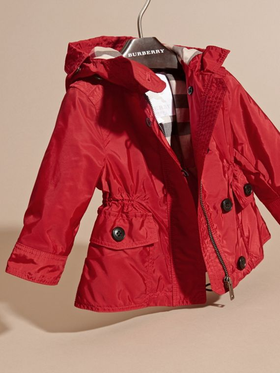 Military red Hooded Showerproof Packaway Jacket Military Red - cell image 2