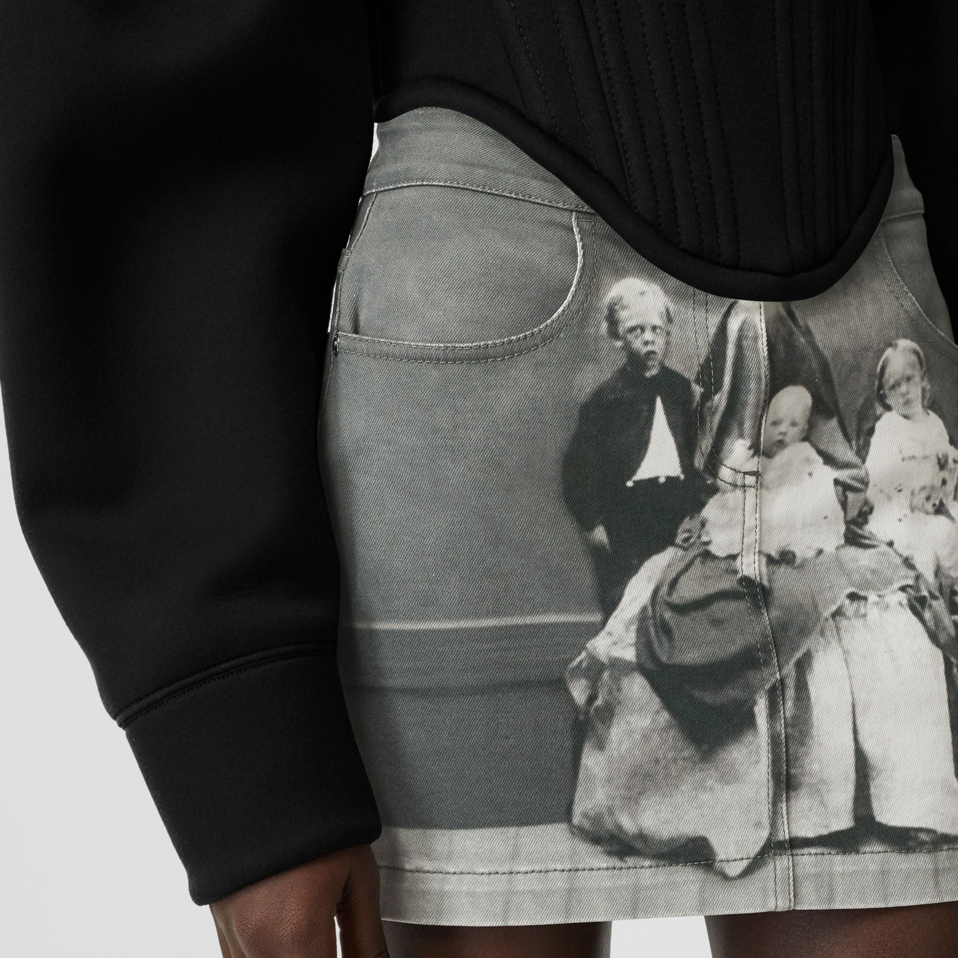 Victorian Portrait Print Stretch Denim Mini Skirt in Grey - Women | Burberry Canada - gallery image 5