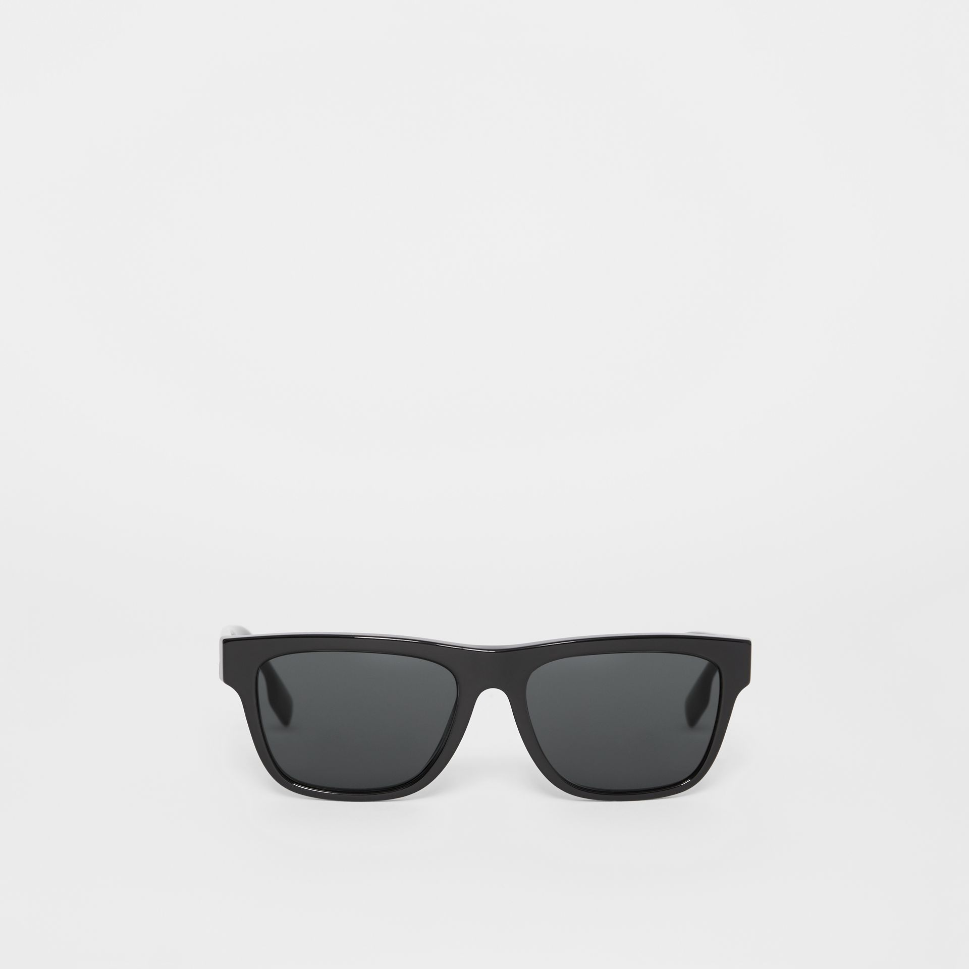Square Frame Sunglasses in Black - Men | Burberry - gallery image 0