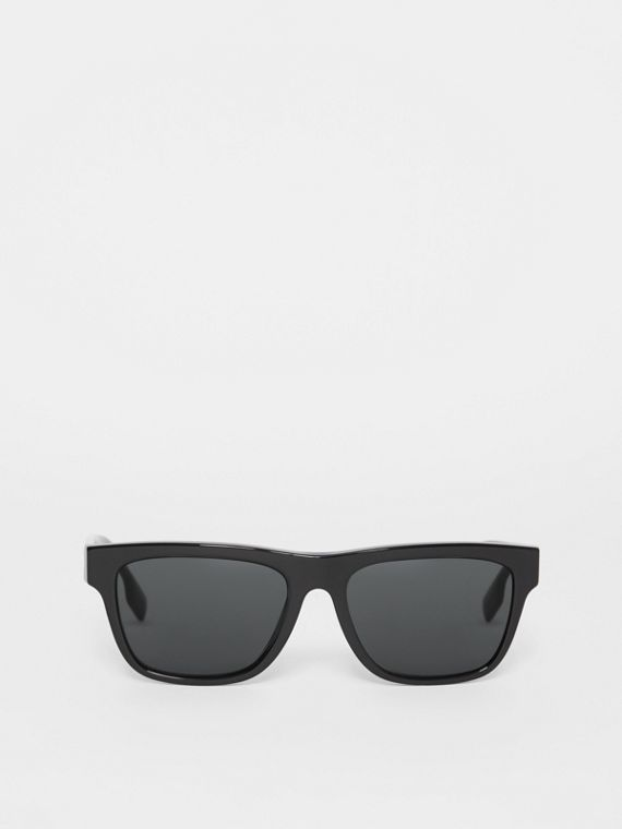 Square Frame Sunglasses in Black