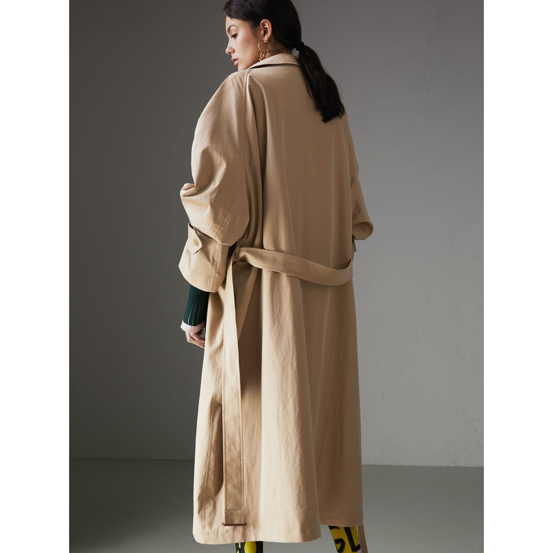 Painted Button Tropical Gabardine Car Coat in Honey - Women | Burberry Australia - gallery image 2