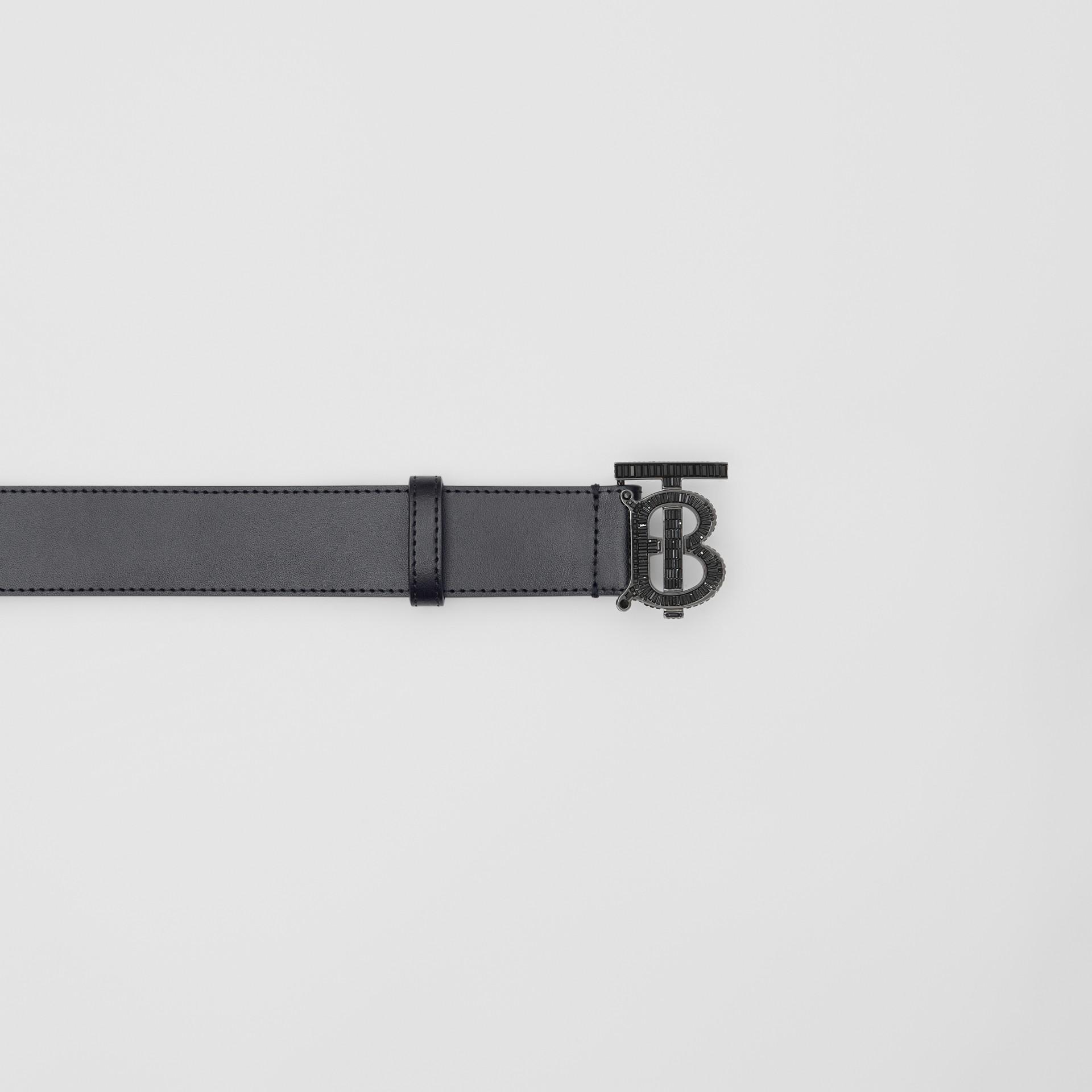 Cinturón en piel con monograma y cristales (Negro) - Hombre | Burberry - imagen de la galería 1