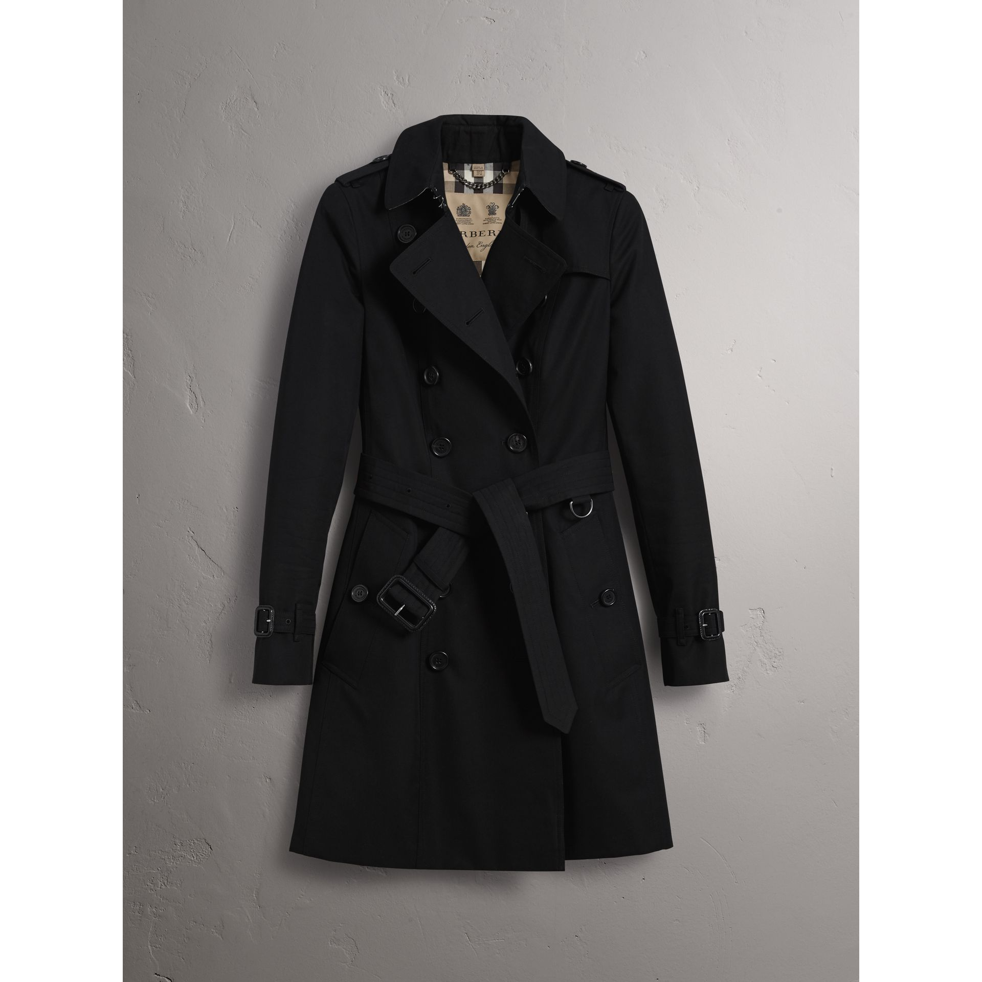 The Chelsea – Mid-length Trench Coat in Black - Women | Burberry - gallery image 3