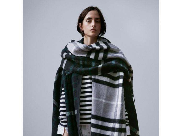 Check Wool Cashmere Oversize Scarf in Black | Burberry - cell image 2