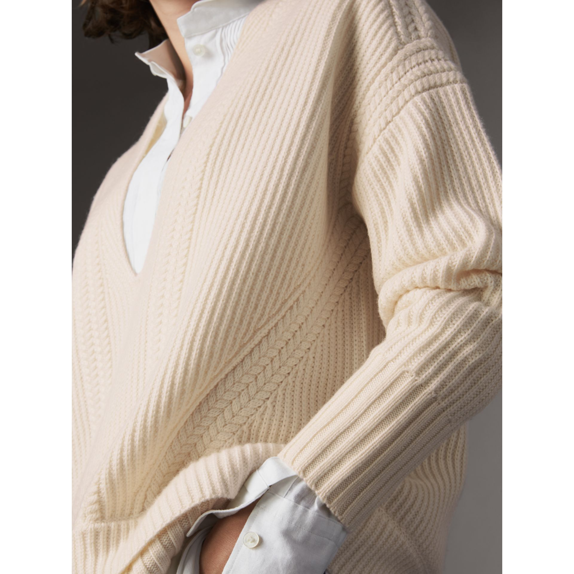 Cut-out V-neck Wool Cashmere Sweater in Natural White - Women | Burberry - gallery image 2