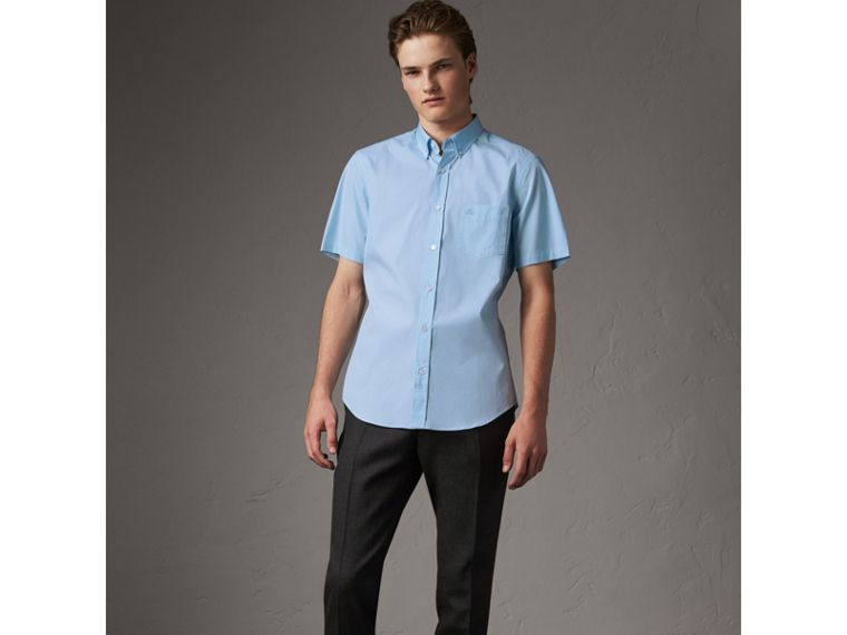 Short-sleeved Stretch Cotton Poplin Shirt in Pale Blue - Men | Burberry Hong Kong - cell image 4