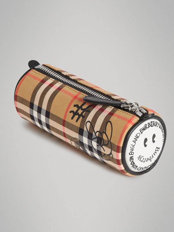 Street Art Print Vintage Check Pencil Case in Antique Yellow | Burberry - cell image 2