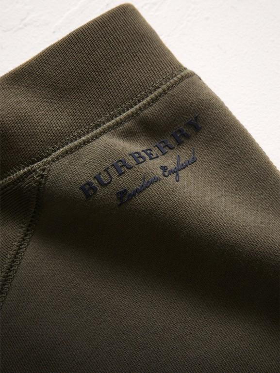 Pantalones deportivos en tejido jersey de algodón a paneles (Oliva) | Burberry - cell image 1