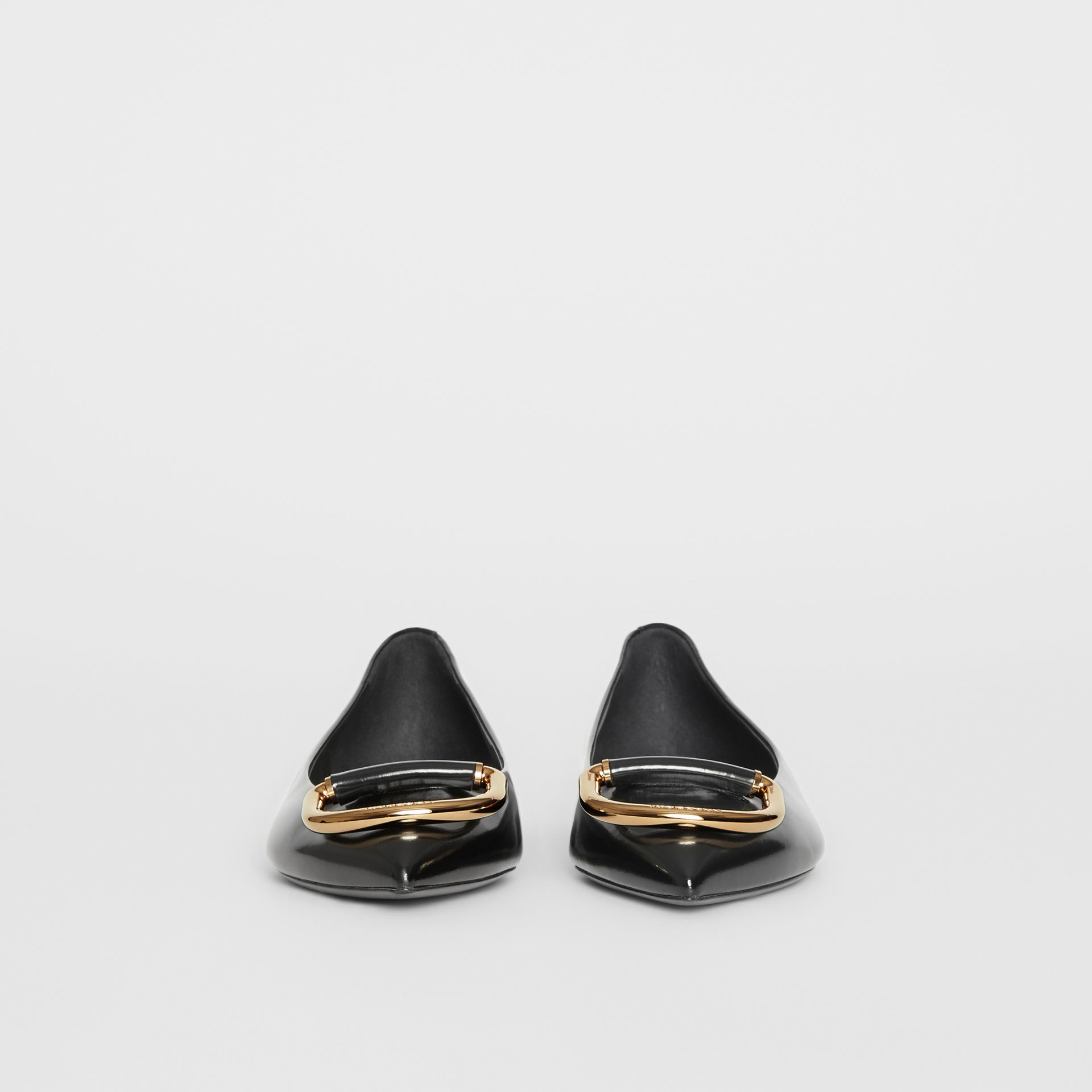 The Leather D-ring Flat in Black/gold - Women | Burberry - gallery image 3