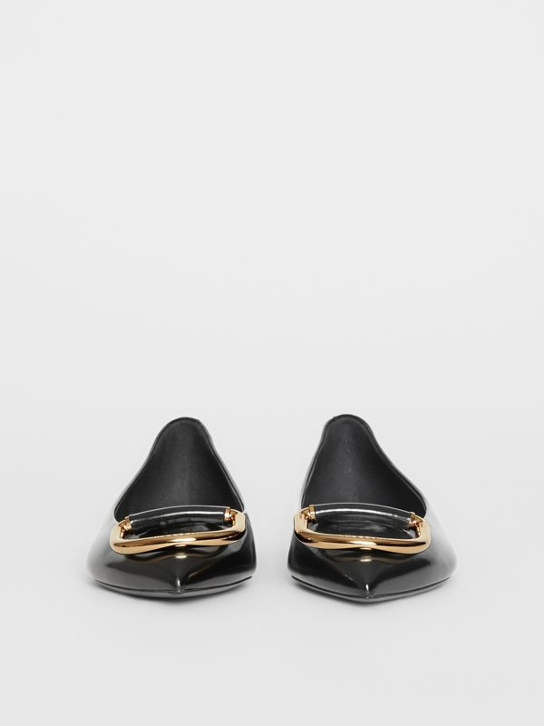 The Leather D-ring Flat in Black/gold - Women | Burberry Australia - cell image 3