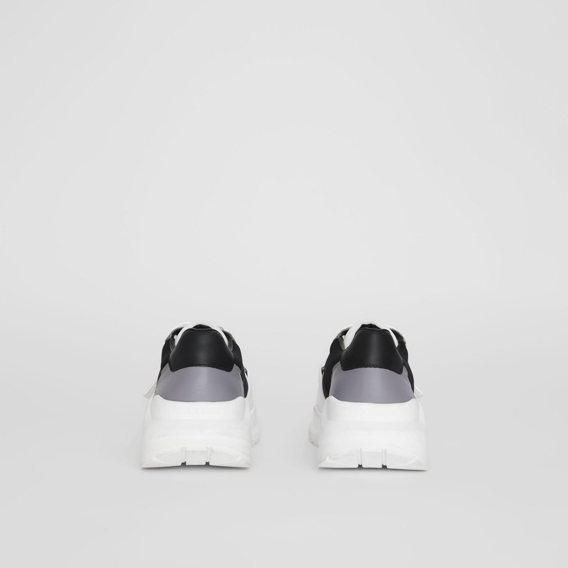 Кроссовки из замши, кожи и неопрена (Черный) - Для женщин | Burberry - изображение 3