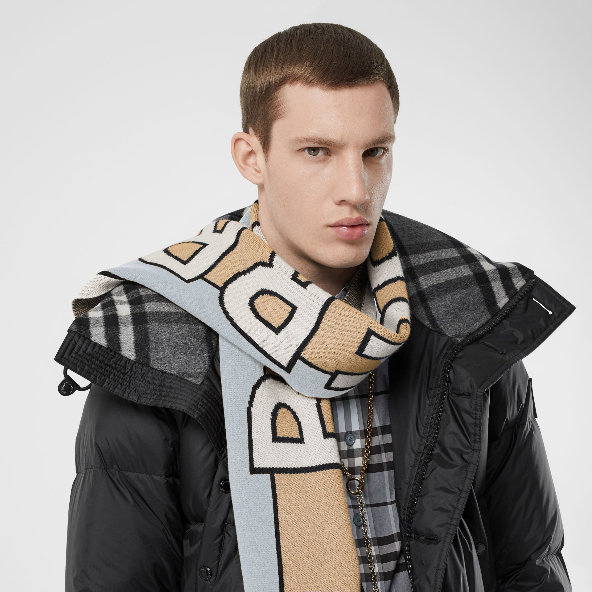 Logo Cashmere Jacquard Scarf in Pale Blue | Burberry - gallery image 3