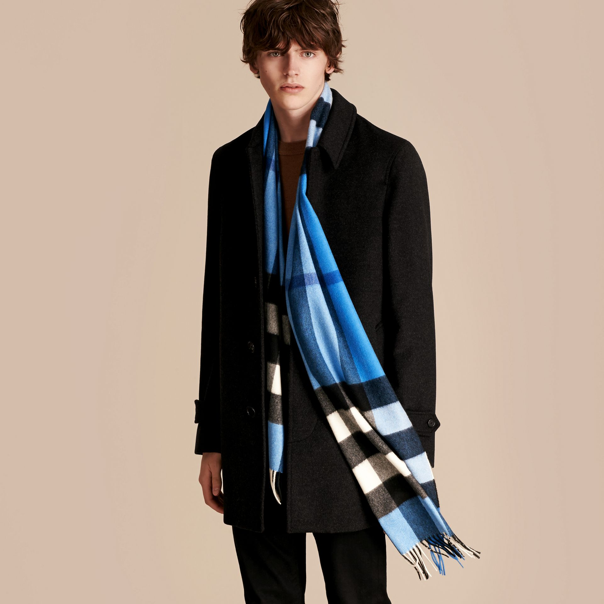 The Large Classic Cashmere Scarf in Check Bright Cornflower Blue - gallery image 4