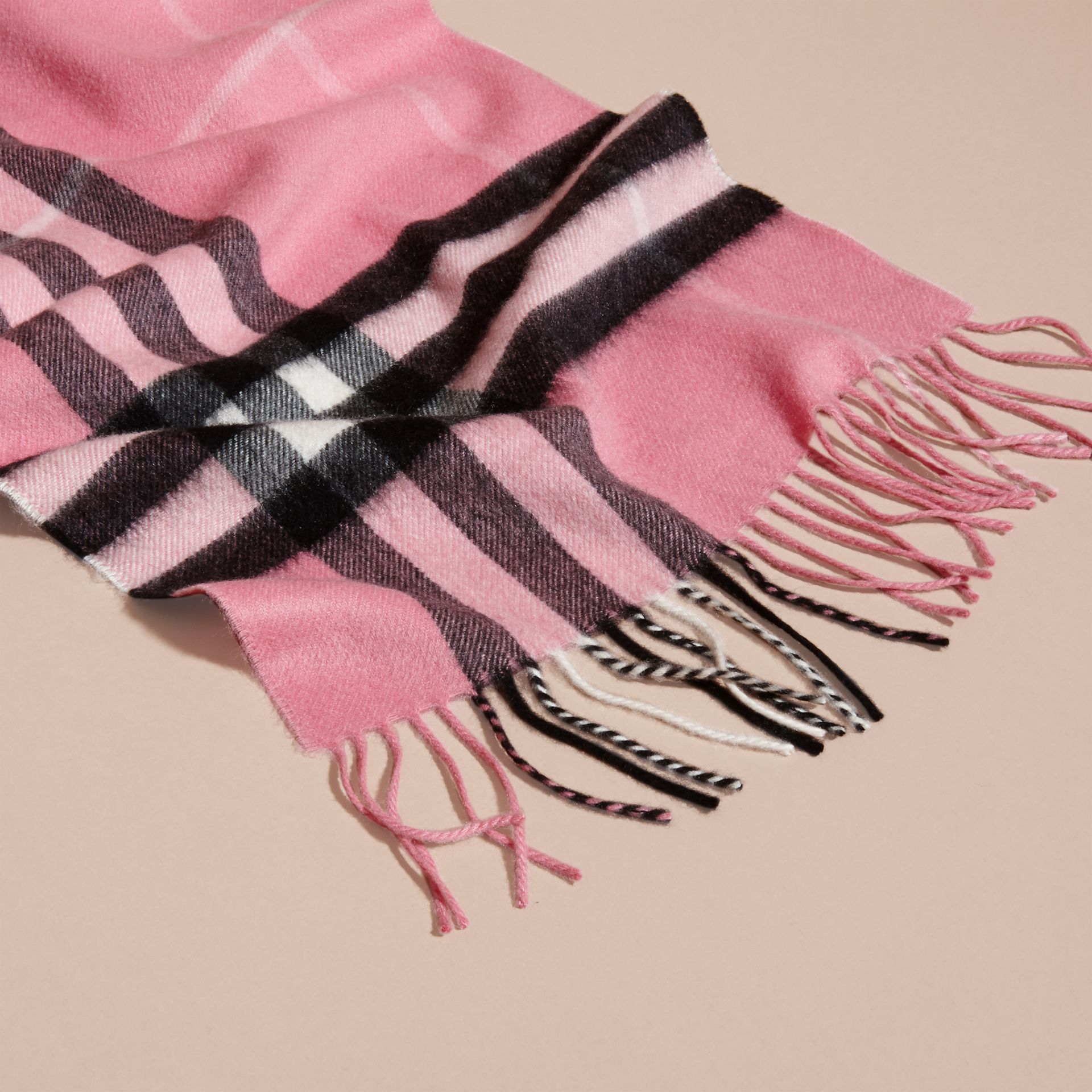 The Classic Cashmere Scarf in Check  Rose Pink - gallery image 5