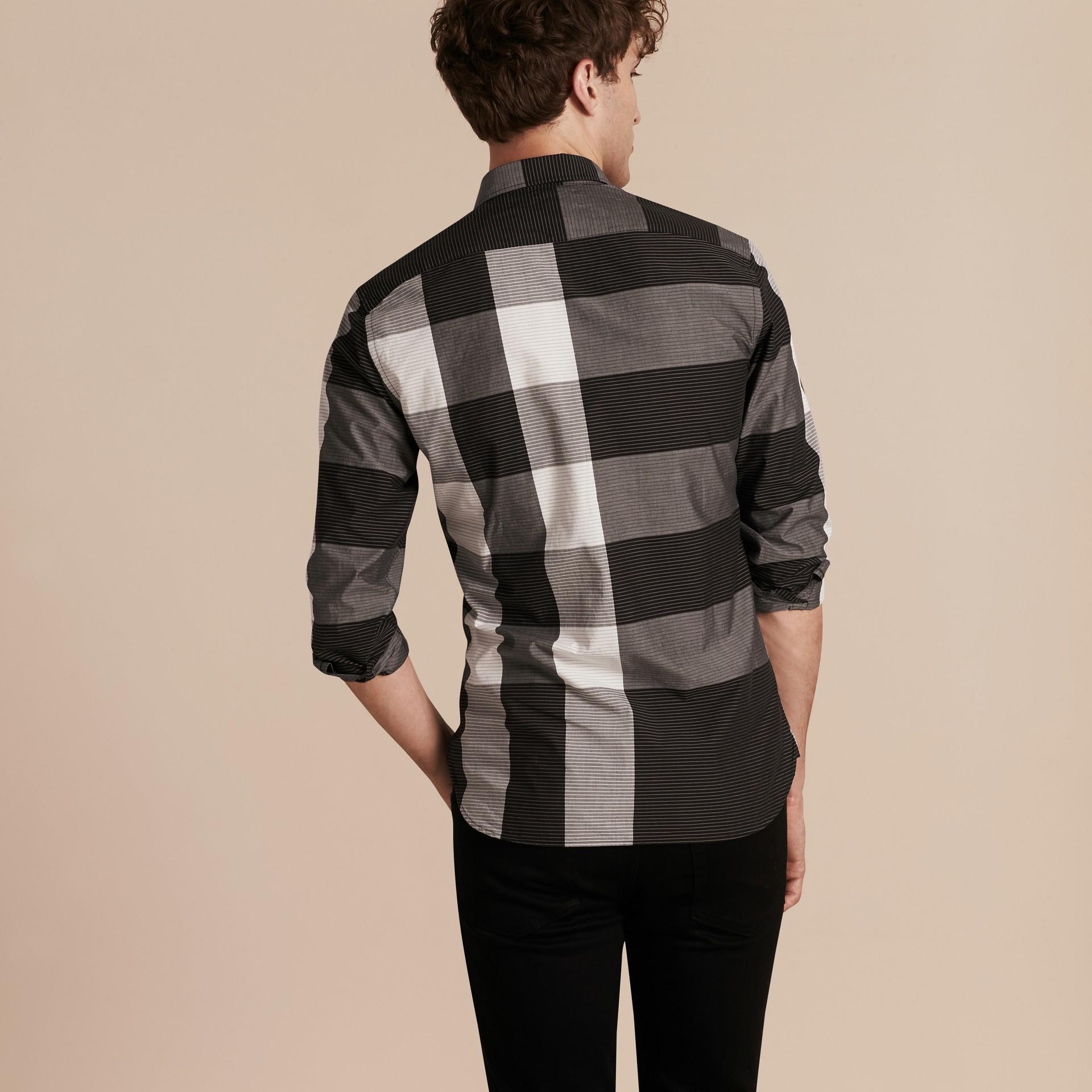 Schwarz Baumwollhemd mit grafischem Check-Muster Schwarz - Galerie-Bild 3