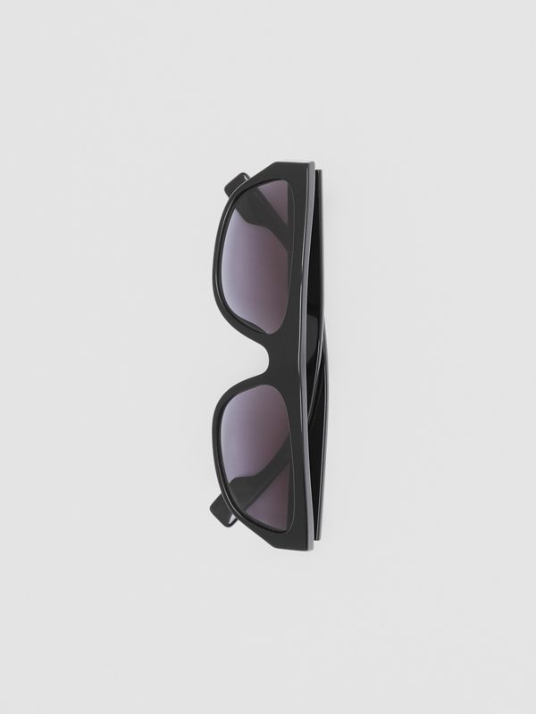 Monogram Motif Rectangular Frame Sunglasses in Black - Women | Burberry - cell image 3