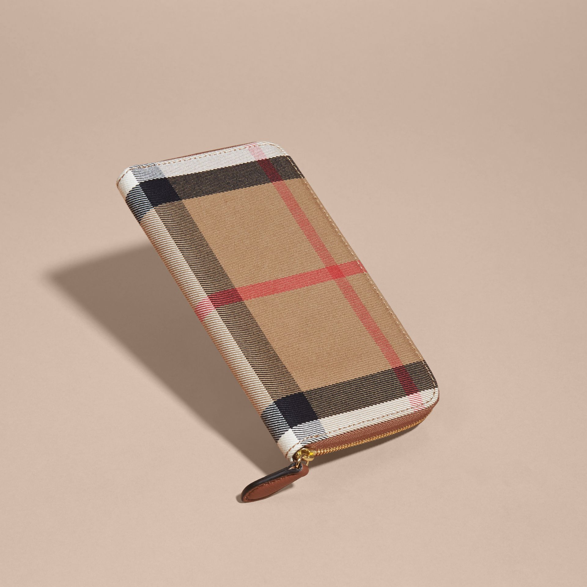 House Check and Leather Ziparound Wallet in Brown Ochre - Women | Burberry Singapore - gallery image 3