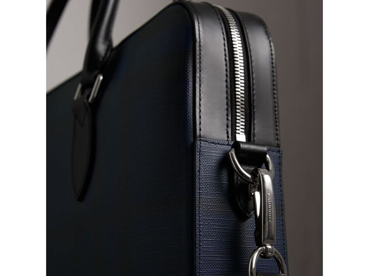 The Slim Barrow in London Check in Navy/black - Men | Burberry Canada - cell image 1