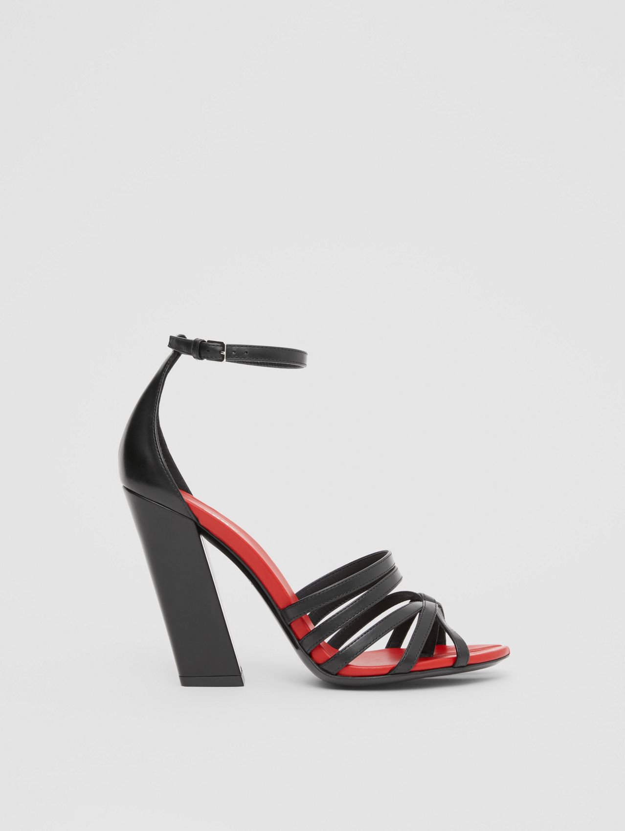 Split-Toe Detail Leather Sandals (Black)