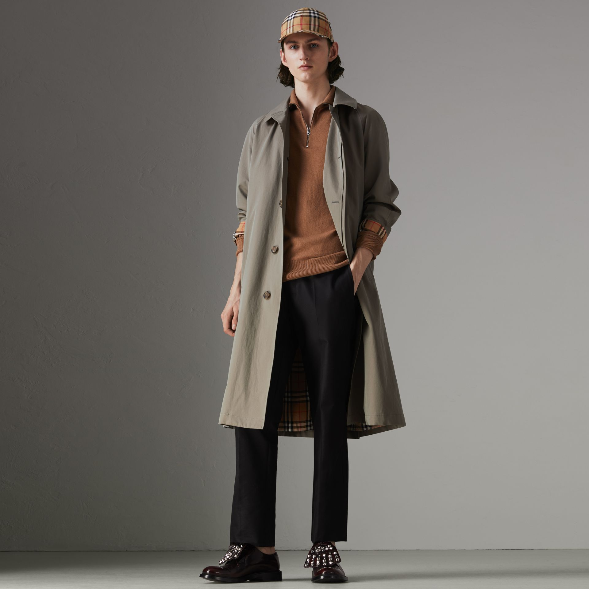 The Brighton Car Coat in Chalk Green - Men | Burberry Hong Kong - gallery image 0