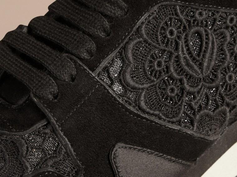 黑色 The Field 蕾絲與麂皮野地運動鞋 - cell image 1