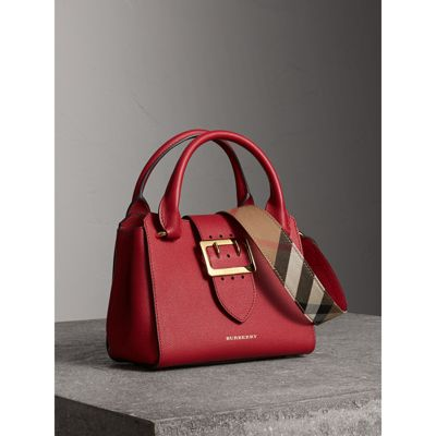 The Small Buckle Tote in Grainy Leather in Parade Red - Women | Burberry  Canada -