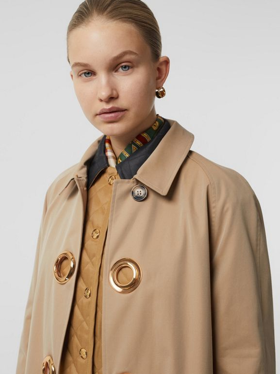 Car coat in gabardine di cotone con occhielli (Miele) - Donna | Burberry - cell image 1
