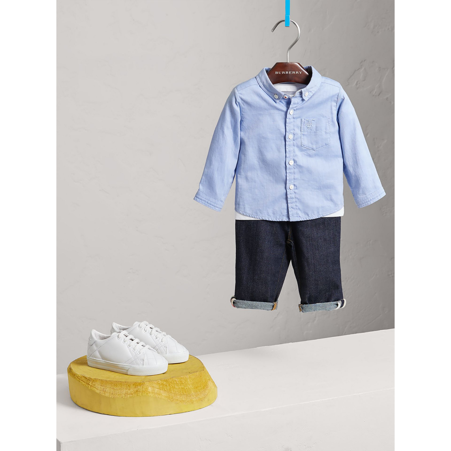 Chemise Oxford en coton (Bleu Barbeau) | Burberry - photo de la galerie 2