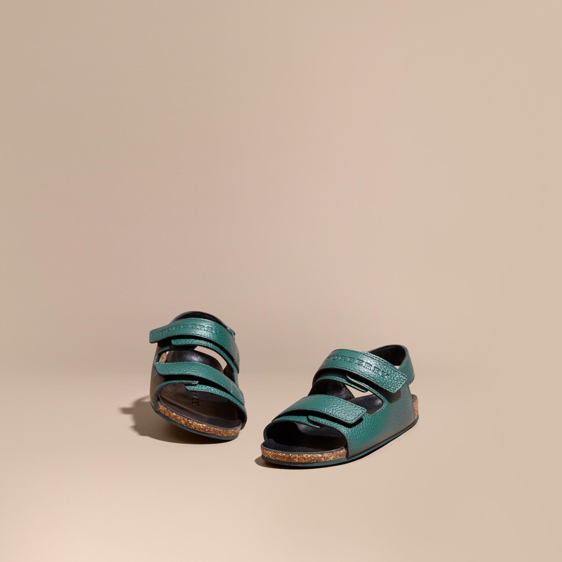 Темный голубовато-зеленый Кожаные сандалии - изображение 1