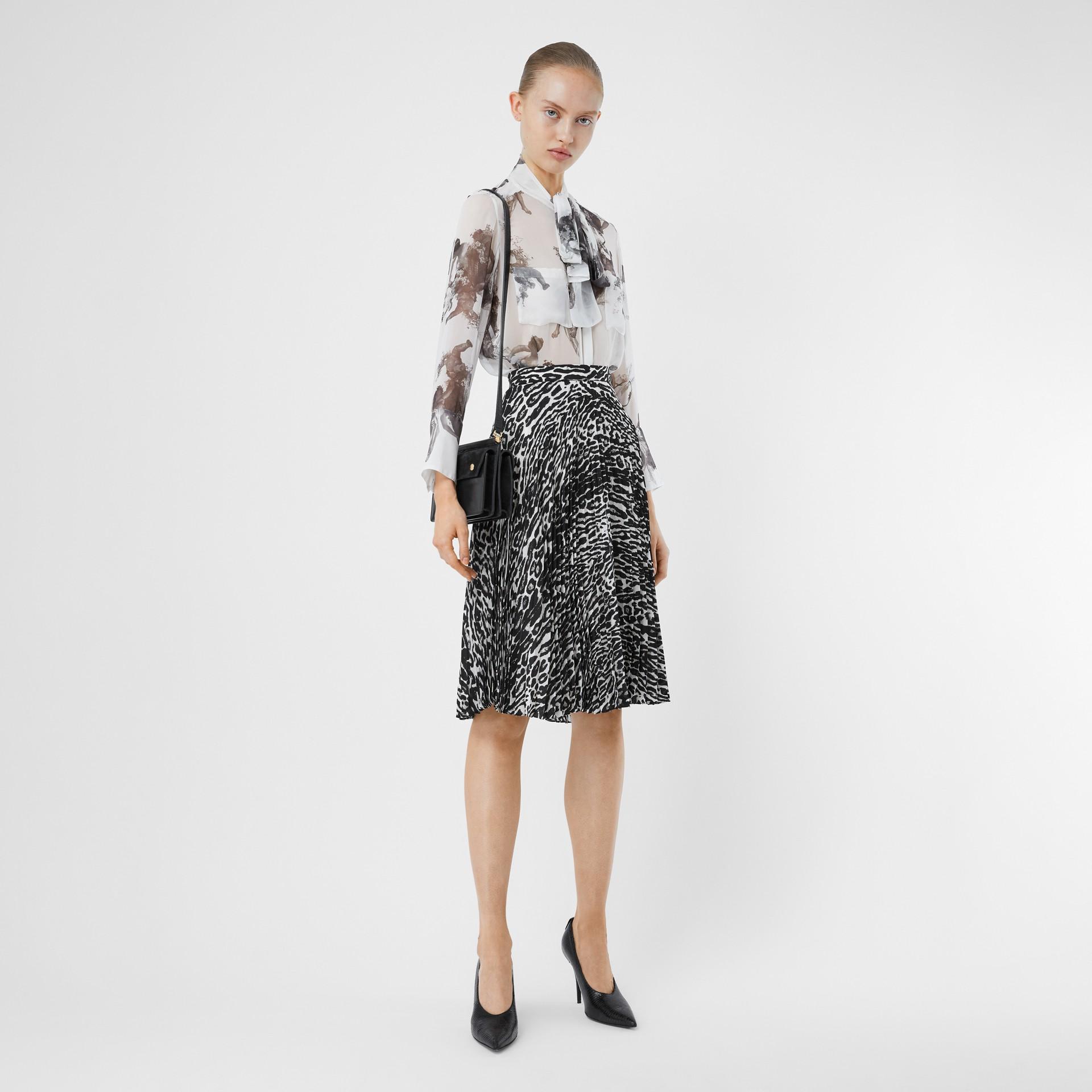 Mini sac Title en cuir et cuir velours avec poche (Noir) - Femme | Burberry - photo de la galerie 5