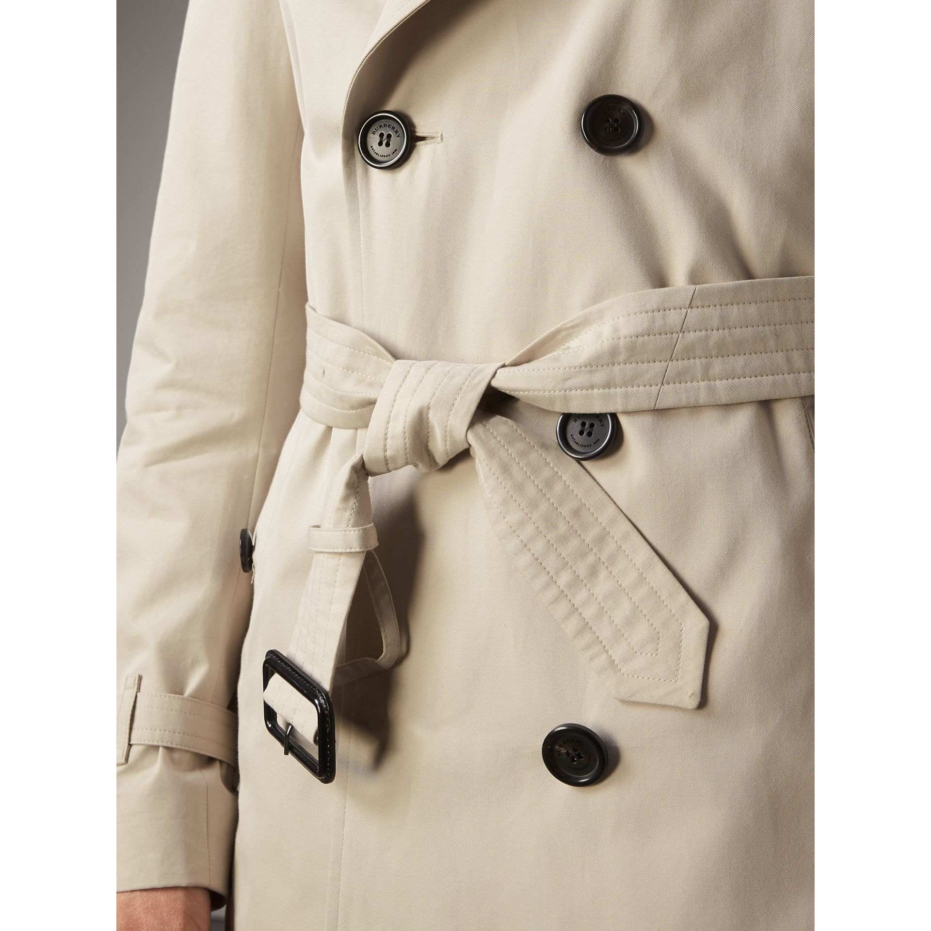 The Kensington – Mid-Length Heritage Trench Coat in Stone - Men | Burberry Canada - gallery image 6