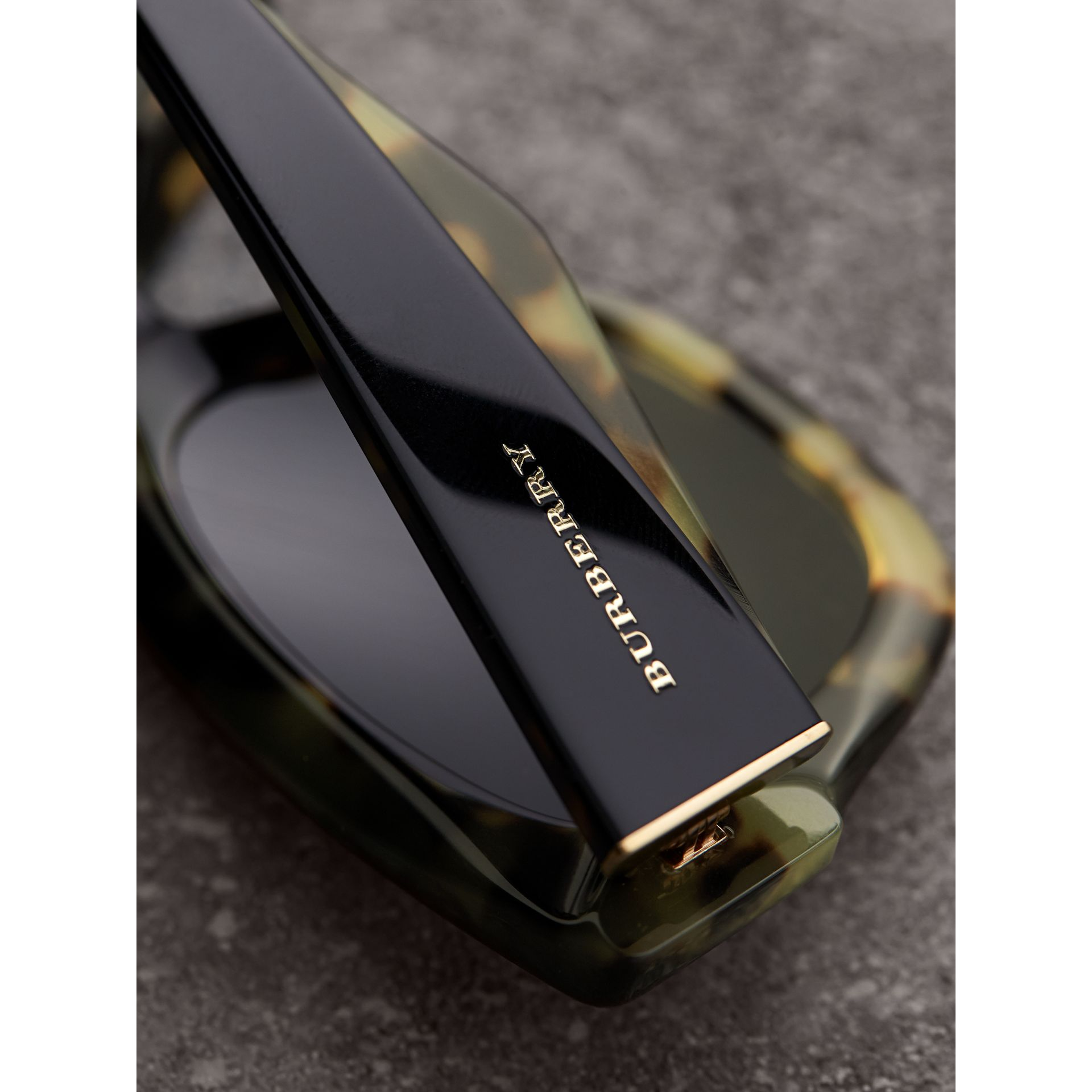 Two-tone Square Frame Sunglasses in Black - Women | Burberry United Kingdom - gallery image 1