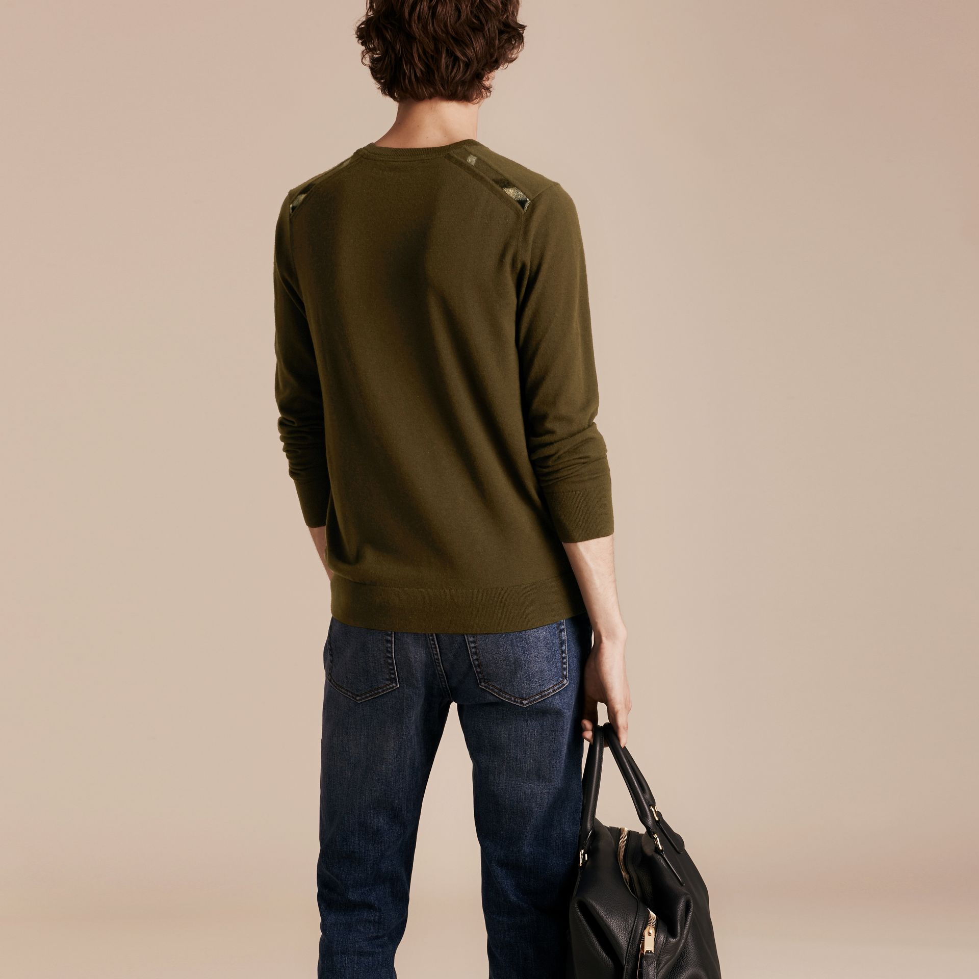 Military olive Lightweight Crew Neck Cashmere Sweater with Check Trim Military Olive - gallery image 3