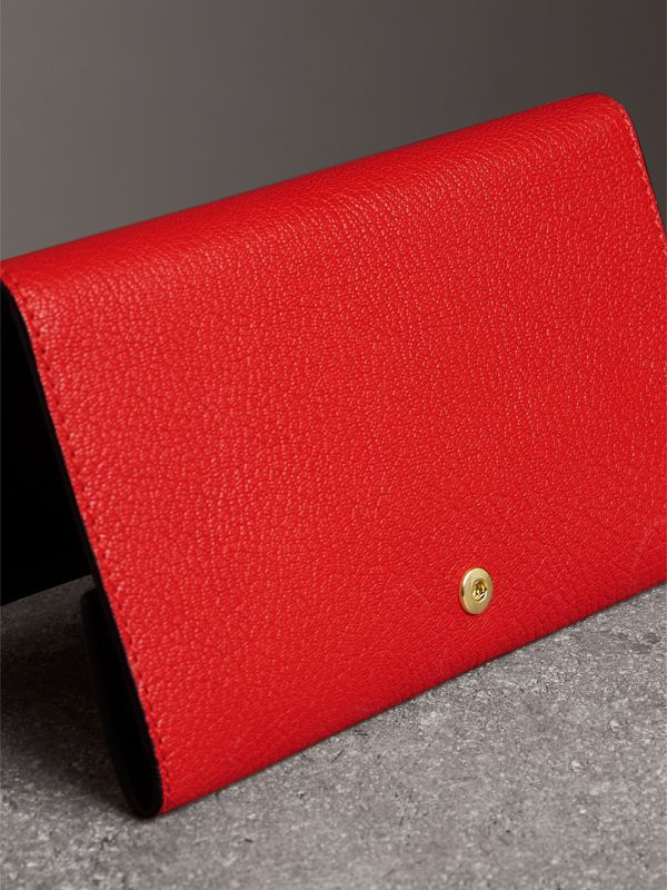 Equestrian Shield Two-tone Leather Continental Wallet in Bright Red - Women | Burberry - cell image 2