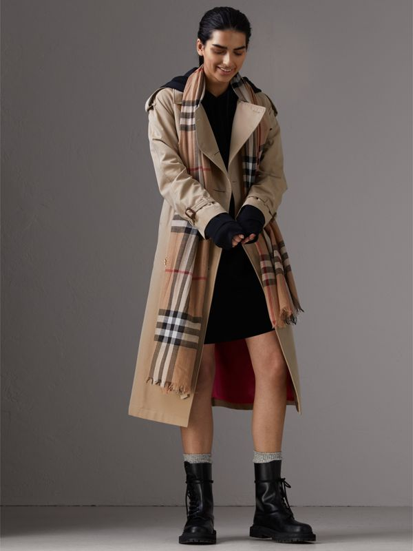 Lightweight Check Wool and Silk Scarf in Camel | Burberry - cell image 2