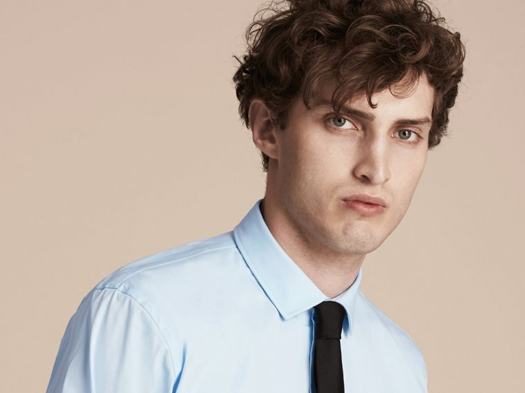 Modern Fit Stretch Cotton Shirt in City Blue - Men | Burberry Canada - cell image 4