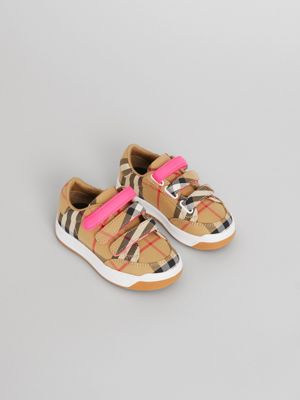 Baby Shoes Burberry