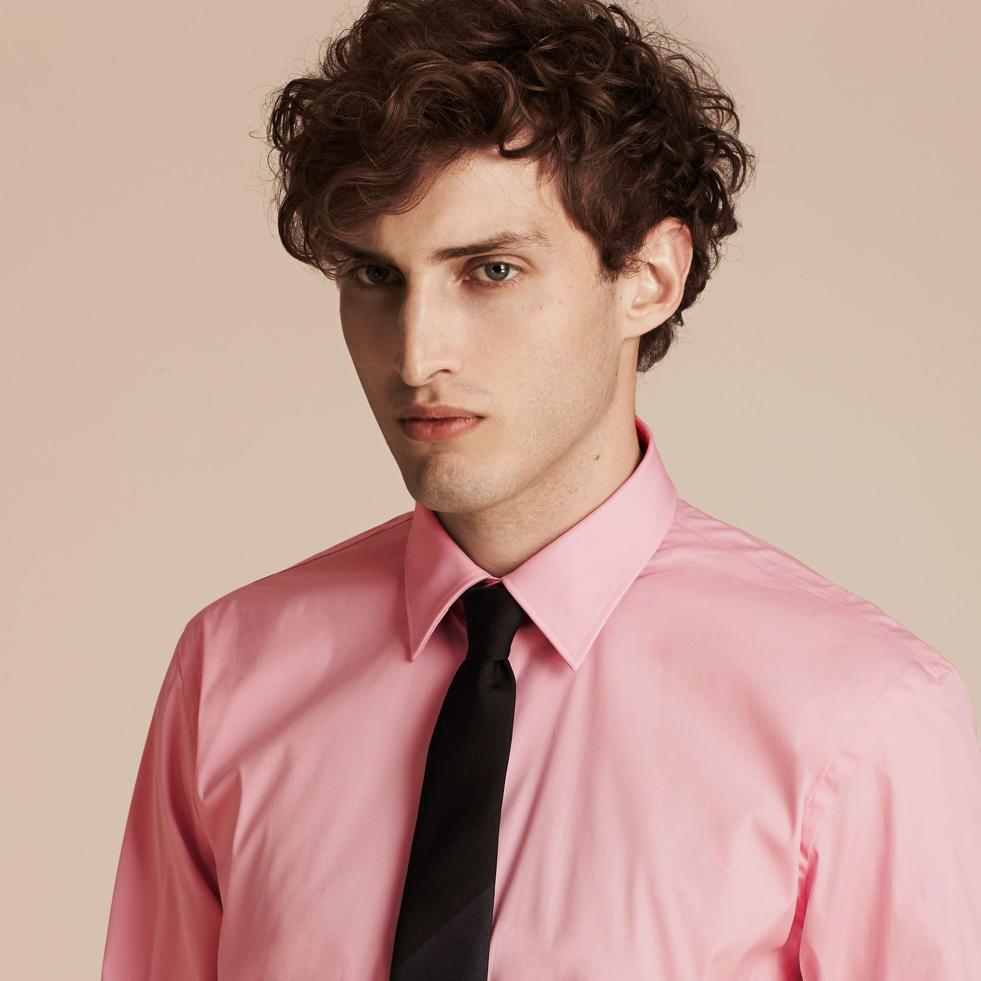 Modern Fit Stretch Cotton Shirt in City Pink - gallery image 5